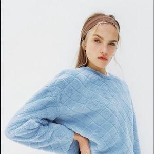 Zara Faux Fur Blue Sweatshirt